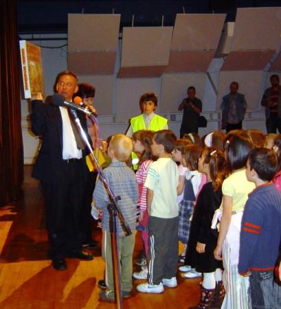 A díjakat Gradvolt Szilveszter, az alapítvány elnöke adta át